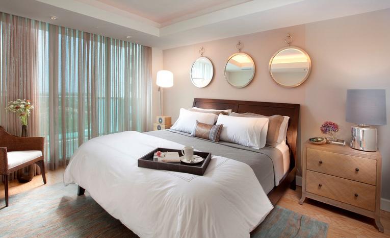Тюль в спальню: лучшие фото современного дизайна