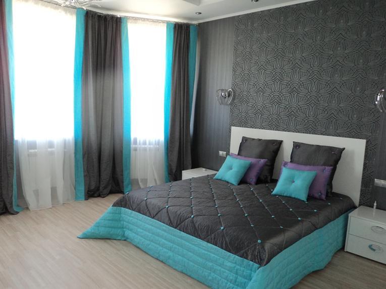 Серые шторы в интерьере: фото с идеями для гостиной, спальни, кухни