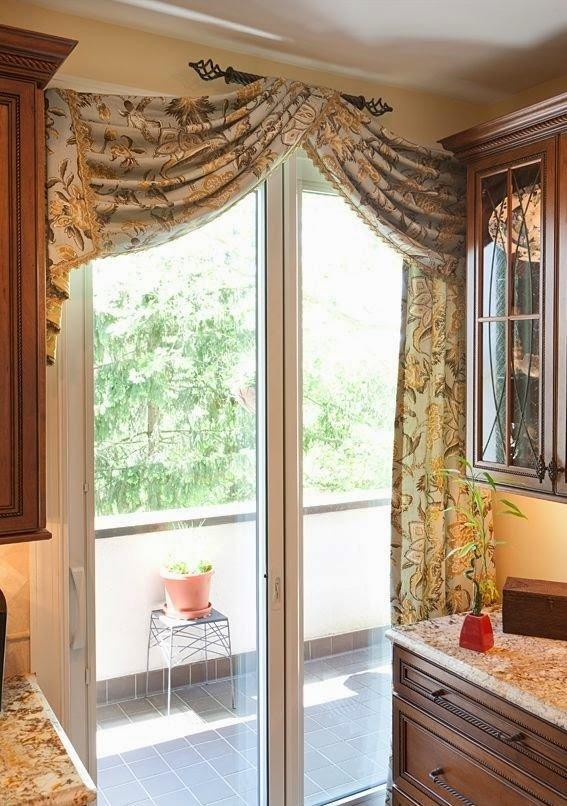 Шторы на кухню с балконной дверью дизайн фото