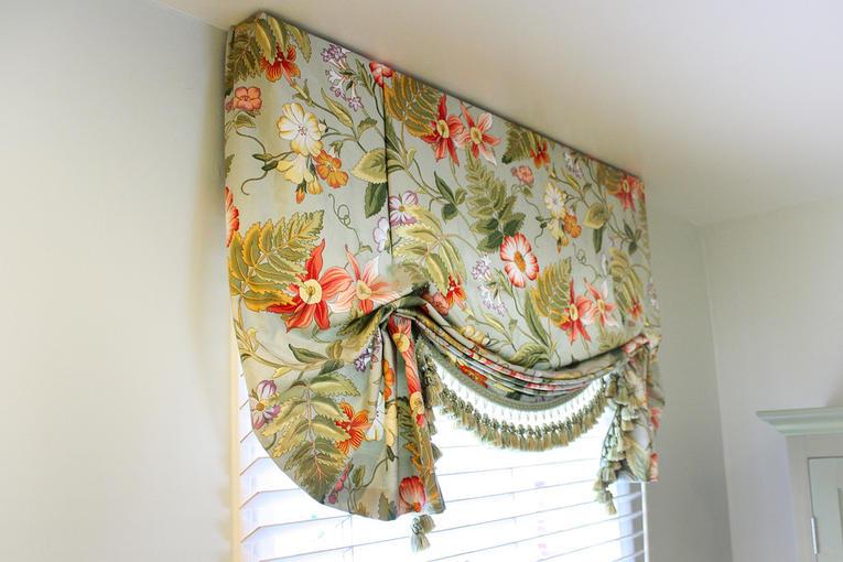 Яркие английские шторы