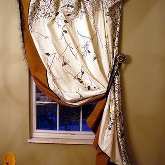 Виды карнизов для штор настенные